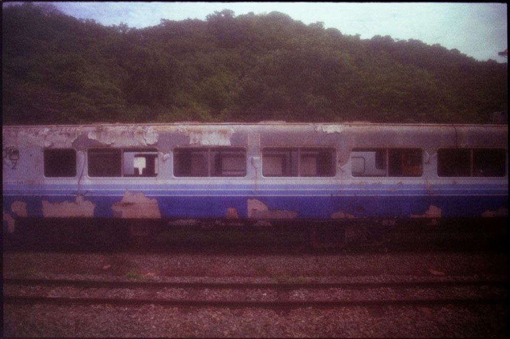 Train_002.jpg