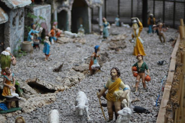 Amalfi Coast nativity.JPG