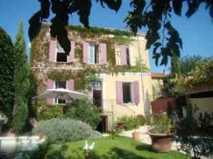 Wine B&B in Châteauneuf –Du-Pap e