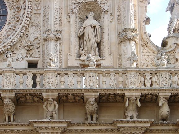 Chiesa di Santa Croce in Lecce. Notice the animals and slaves holding up the balcony. (photo: Brent Petersen)