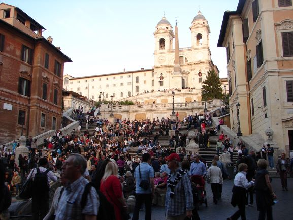 The always crowded Spanish Steps (photo: Brent Petersen)