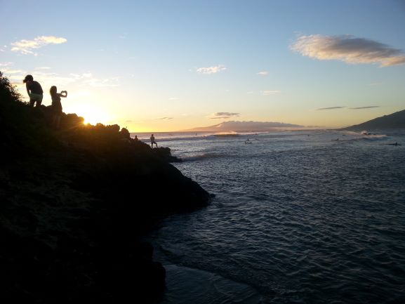 Sunset at Cove Park, Kihei, Maui (photo: Brent Petersen)