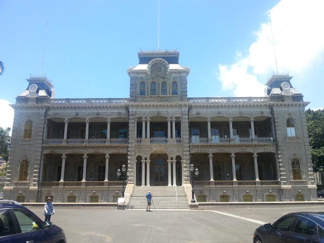 Iolani Palace (photo: Brent Petersen)