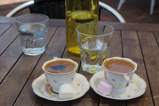 Kilim Turkish coffee, Napier, New Zealand (photo: Brent Petersen)