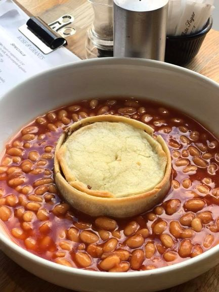 Vegan Scotch pie andbeans (Photo: Rose & Grant's Deli Cafe)