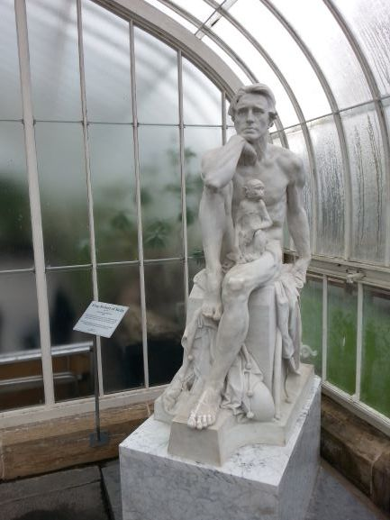 King Robert of Sicily and his primate companion in the Kibble Palace (Photo: Brent Petersen)