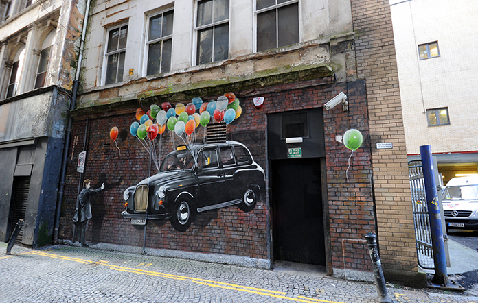 World's Most Economical Taxi mural (Photo: citycentermuraltrail.co.uk)