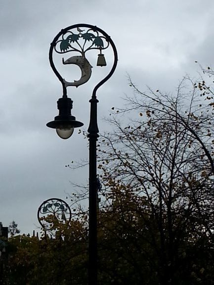 Lampost at Cathedral Square, near St. Mungo's (Photo: Brent Petersen)