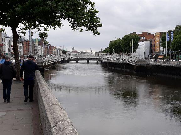 Ha'Penny Bridge, Dublin (photo: Brent Petersen)