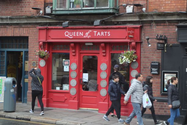 Queen of Tarts (photo: Brent Petersen)