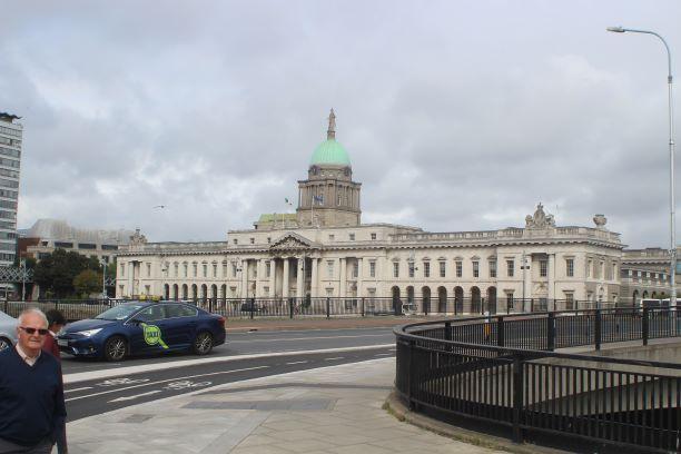 Dublin's famous Custom House (photo: Brent Petersen