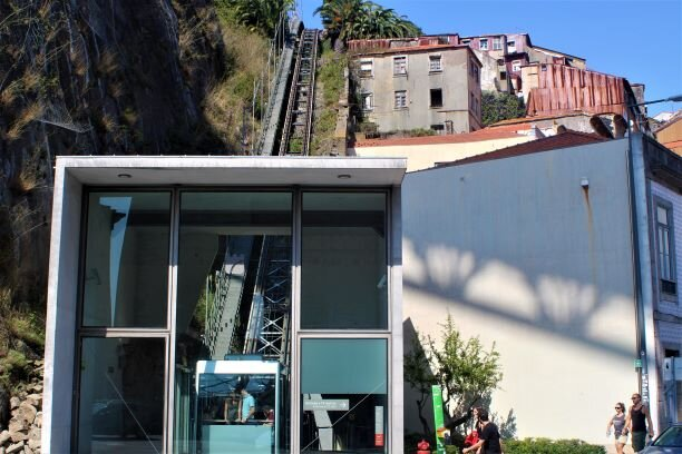 Porto's handy funicular (photo: Brent Petersen)