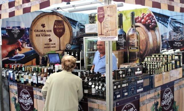 Wine shop, Mercado da Baixa (Photo: Brent Petersen)