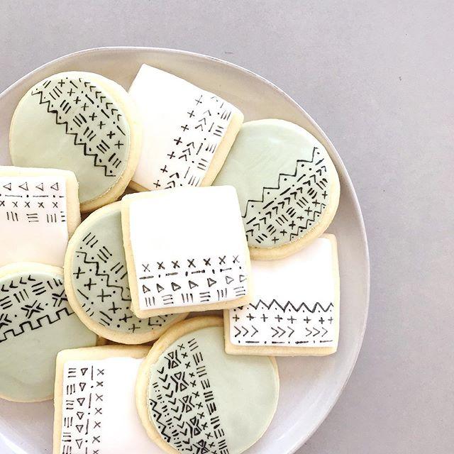 Custom hand painted mud cloth sugar cookies for a baby shower last weekend 👶🏻