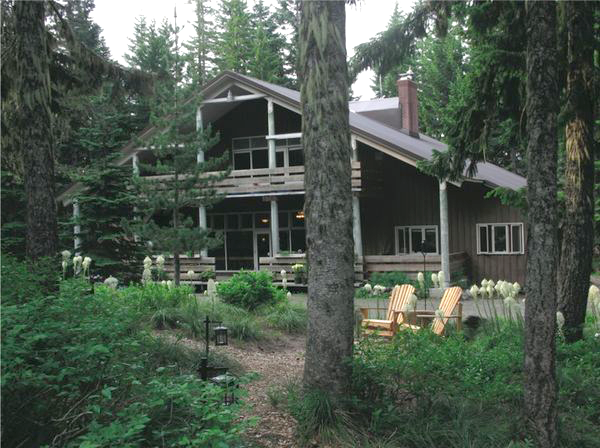 Mazama-Lodge-2.png