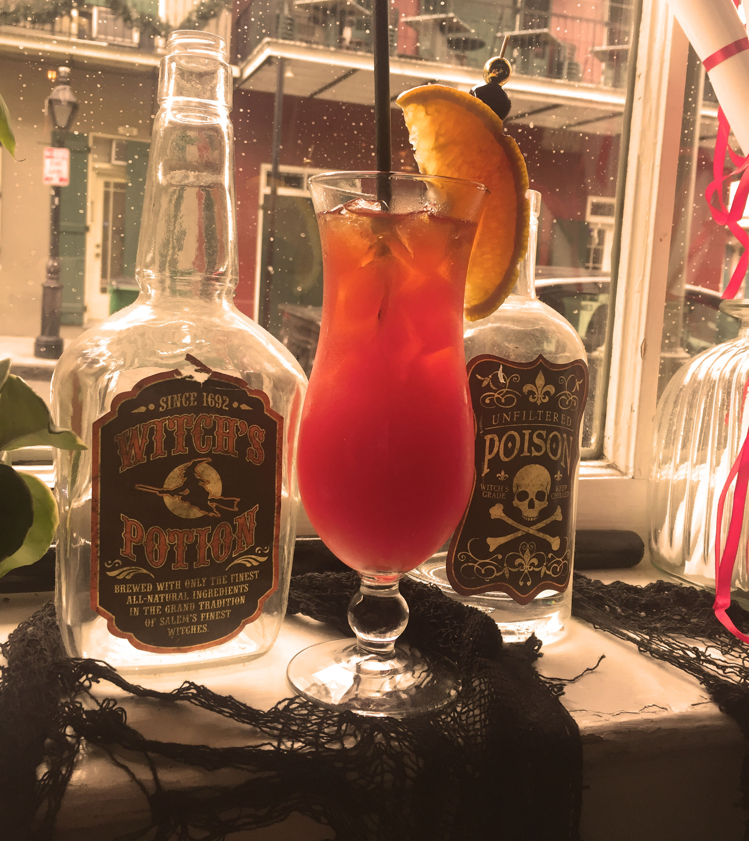 4 Days in New Orleans | Bourbon Hotel O Bar Classic Hurricane | Laurel and Iron