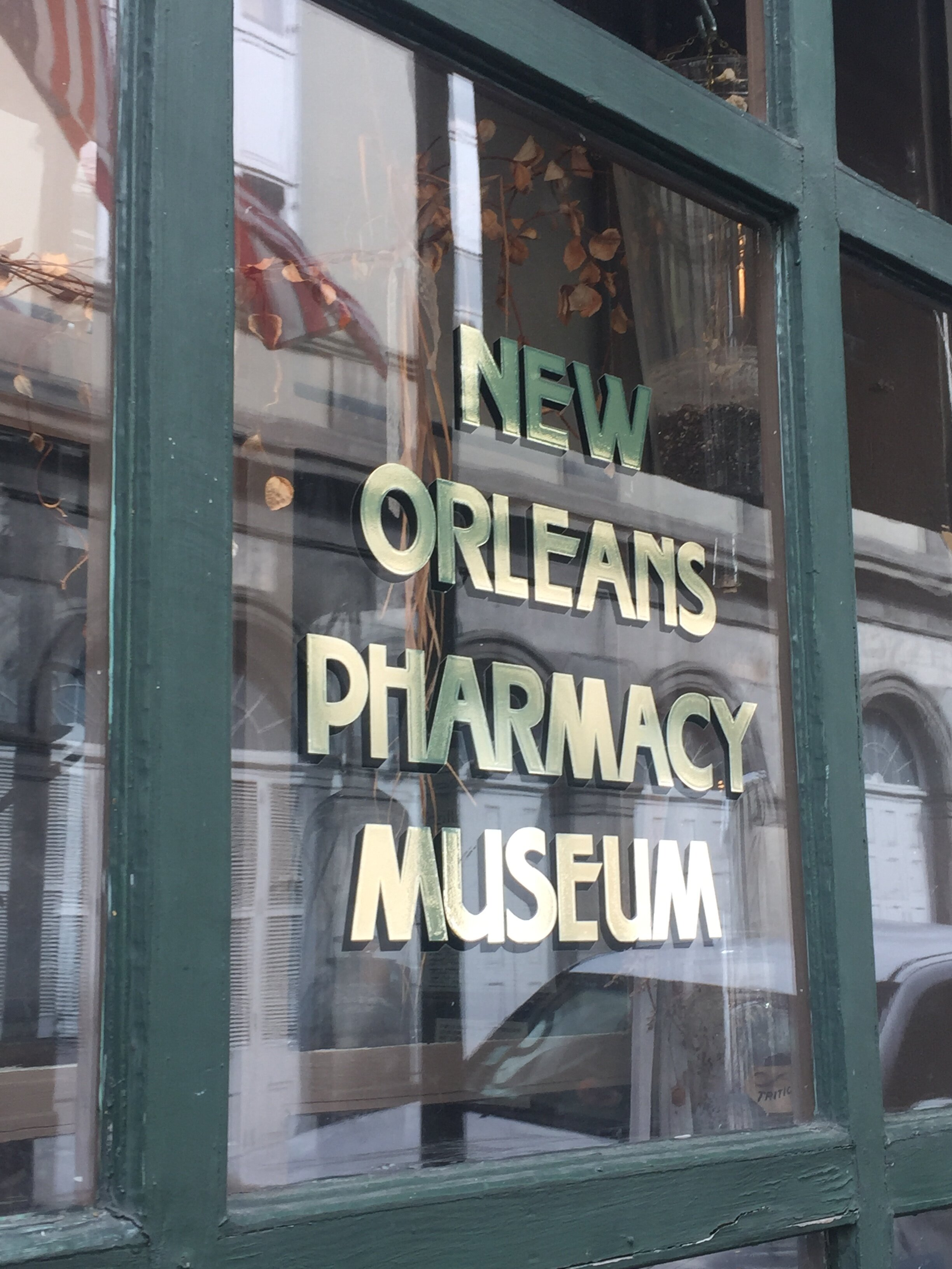 4 Days in New Orleans | New Orleans Pharmacy Museum | Laurel and Iron