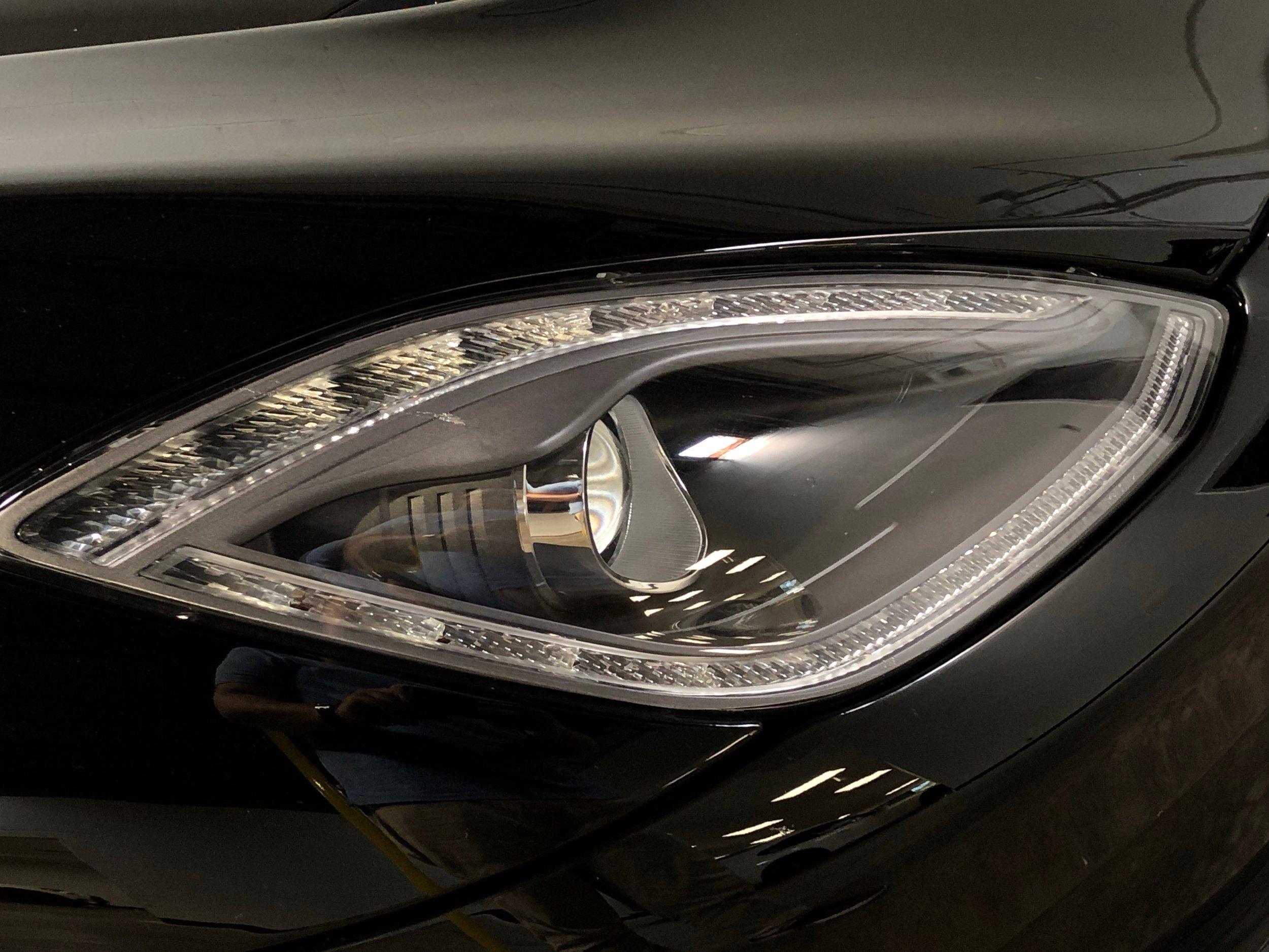 2014 Dodge Viper GTS  Head Light