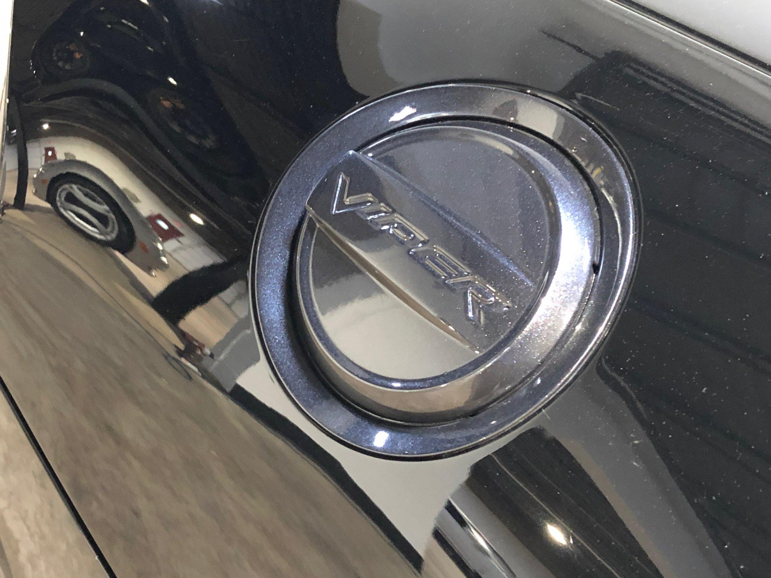 2014 Dodge Viper GTS Car Front