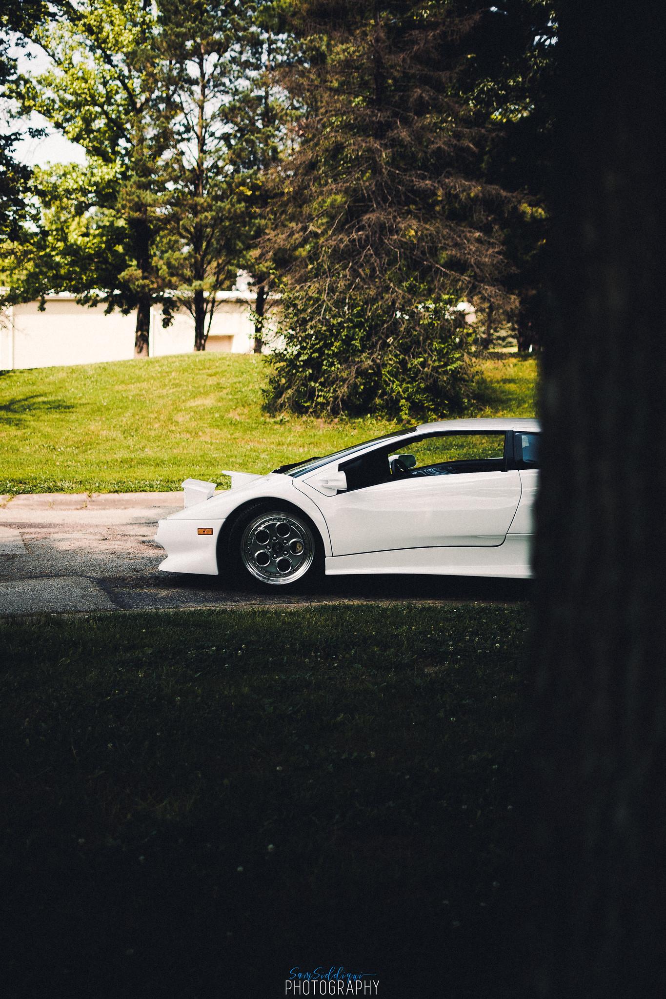 1991 White Lamborghini Diablo Front Side