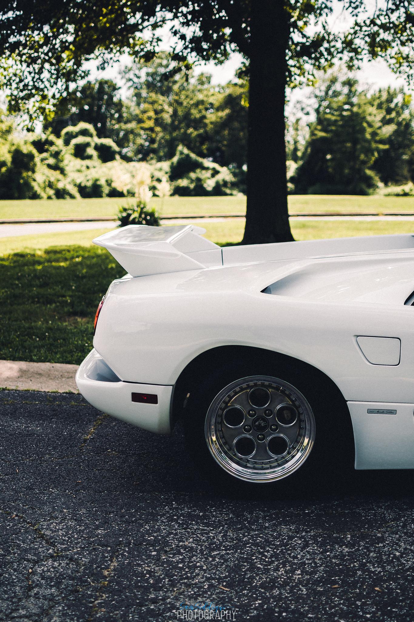 1991 White Lamborghini Diablo Back