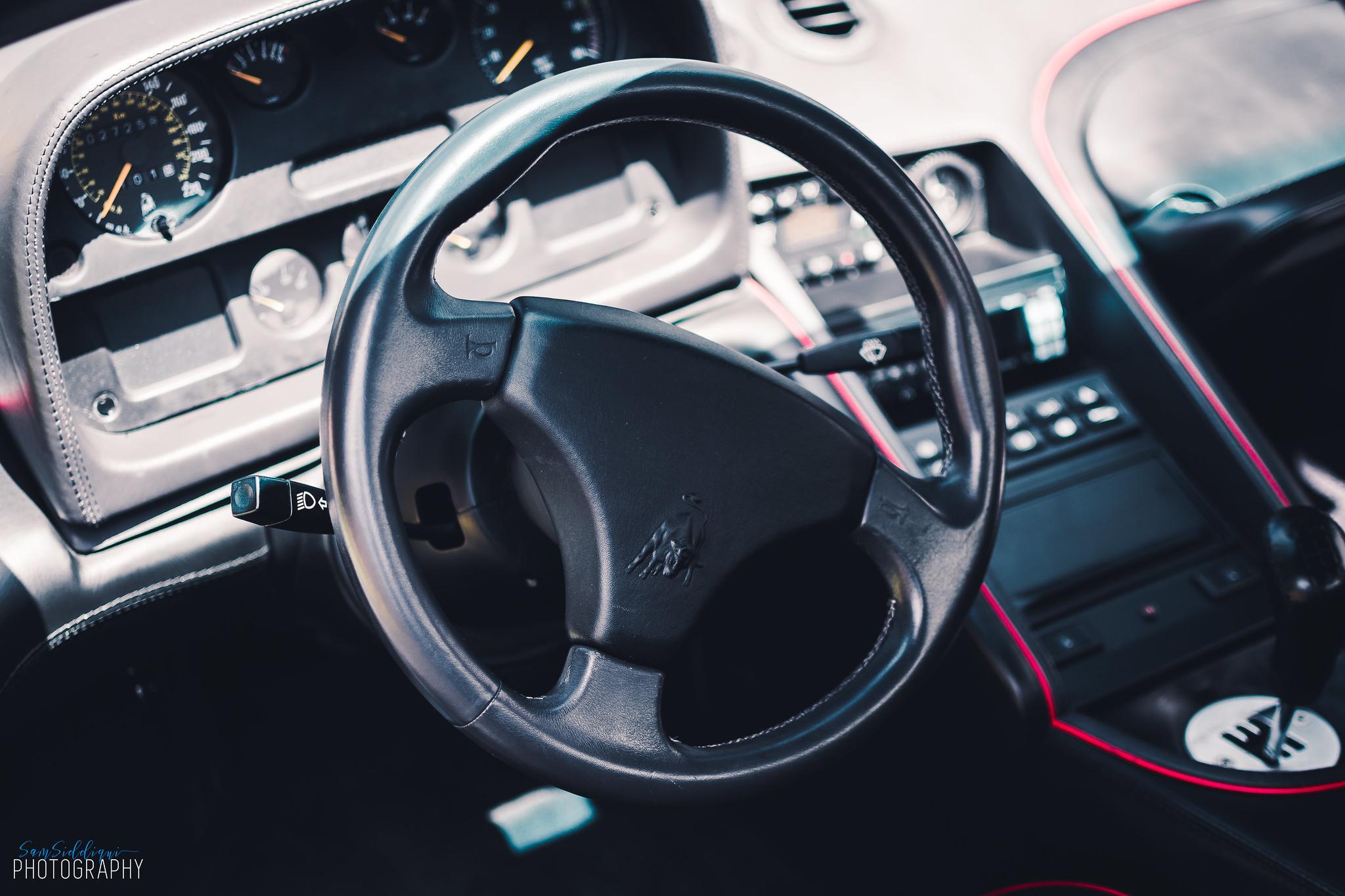 1991 White Lamborghini Diablo Steering