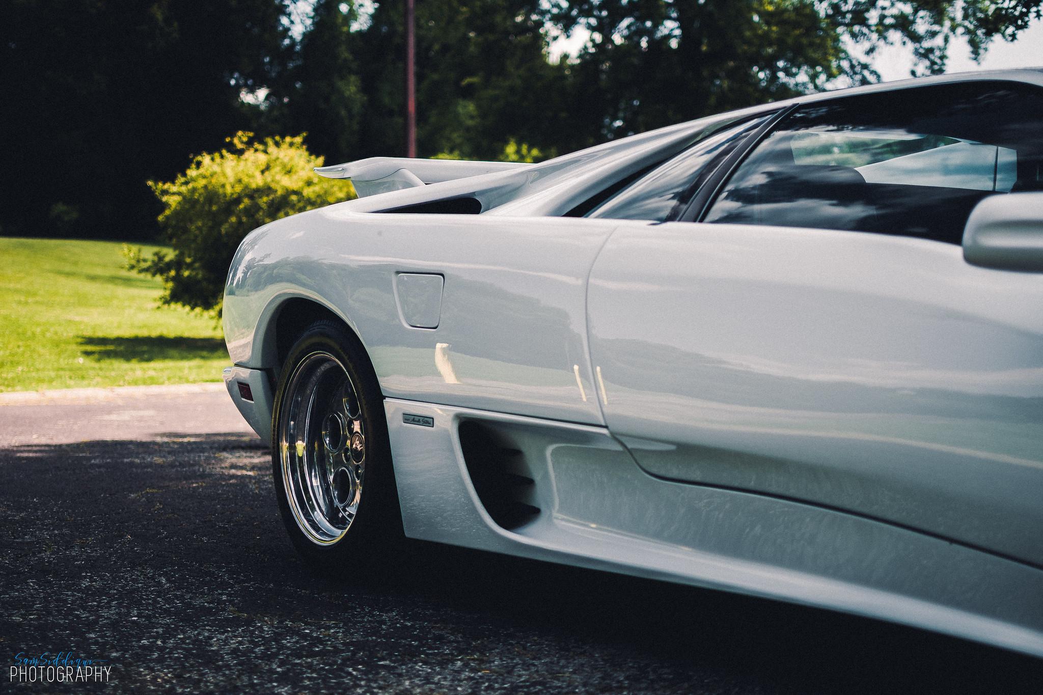 White Lamborghini Diablo