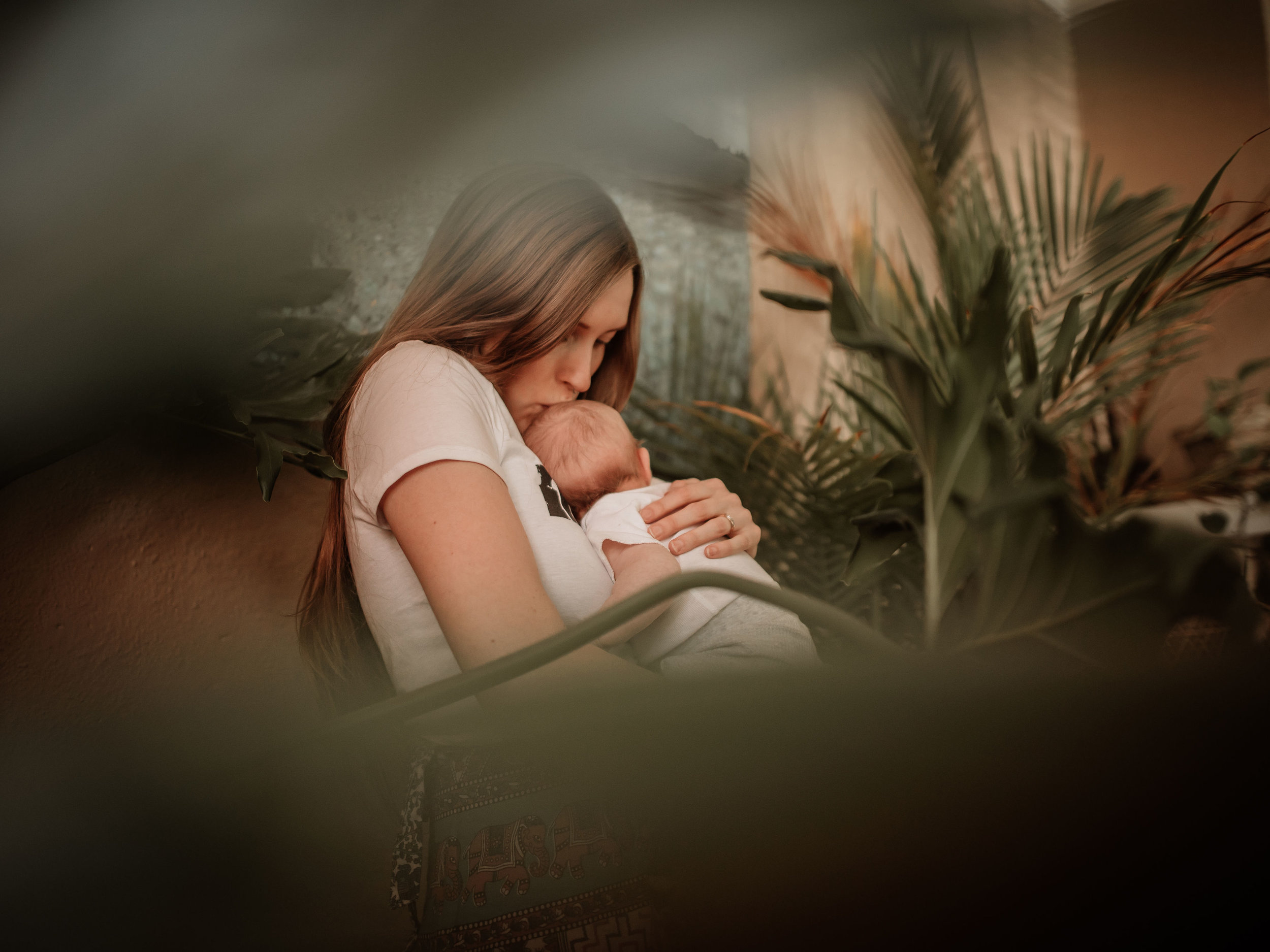 """""""Just as a tree grows best when anchored firmly in the earth, so can a pregnant mother feel strong and capable when supported by a sisterhood of nurturing friends."""" - - April Lussier -"""