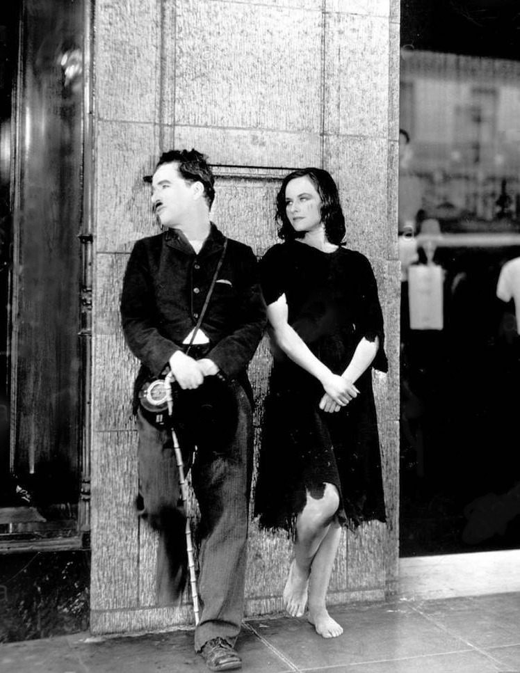 Chaplin and Paulette Goddard in Modern Times.