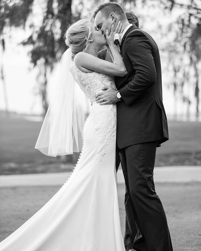 The first kiss! #wedding #weddingphotographer  #brideandgroom #theknot #nikon #d810 #photography #bw #bwphoto #floridaphotographer #orlando #orlandowedding #congratulations #classic #weddingphoto #weddingphotography #creativewedding #makemoments #florida #firstkiss