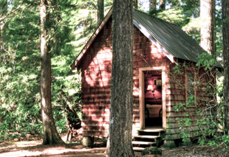 Cabin without Plumbing - These cabins come with at least one full sized bed. The additional bed(s) may include another full size, twin size, or bunk bed. These cabins do not have toilets or sinks. Men and women's bathhouses with toilets, sinks, and showers are nearby.