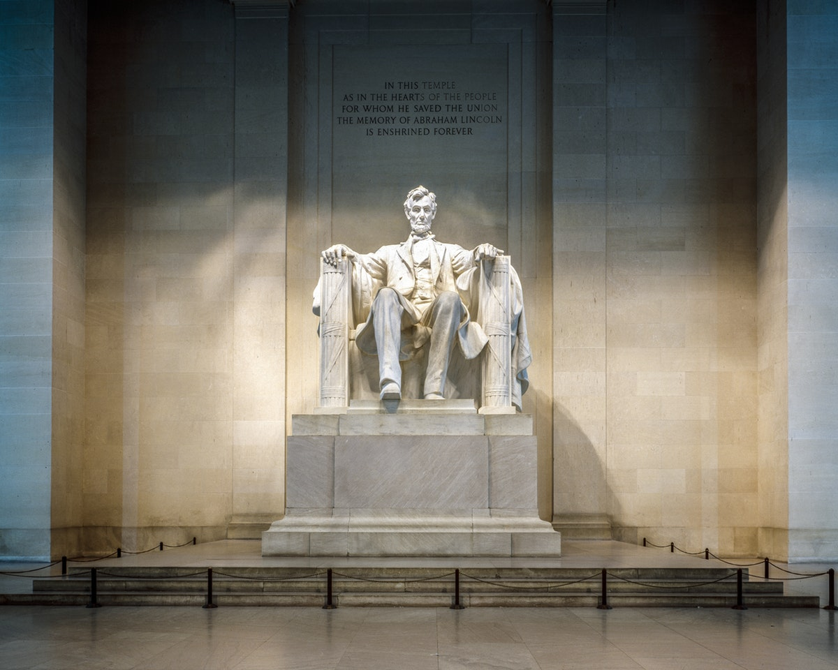A great president and a great leadership story - what can we learn from Abraham Lincoln's leadership style?