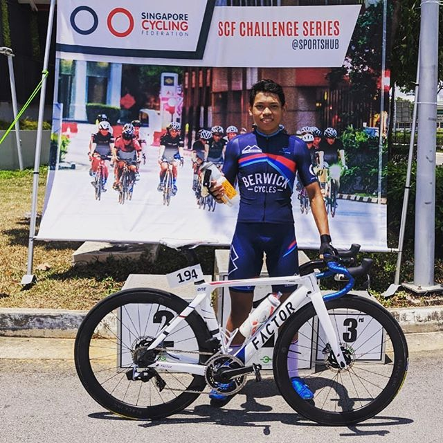 Awesome morning of racing in Singapore at the @sgmavericks host the latest SCF Challenge. Our own @irfan.dahnil taking a prime. Congratulations. And huge thanks for all the clubs that have helped make the series happen. #scfchallenge #wymtm #factorbikes