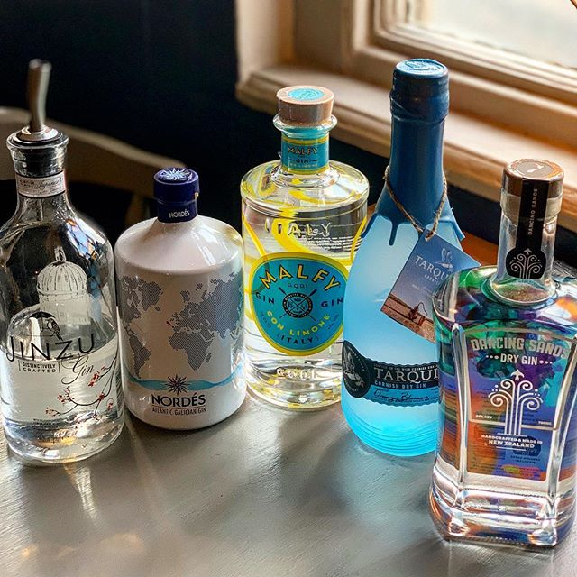 GIN. We have it. Gin master Tom has been busy selecting a few favourite bottles, ready to be selected as our featured 'gin special'... . . . #pub #rattlesden #gastropub #suffolk #local #summer #gin #gnt #tonic #ginandtonic #instagin #ginoclock #luxury #ginsofinstagram