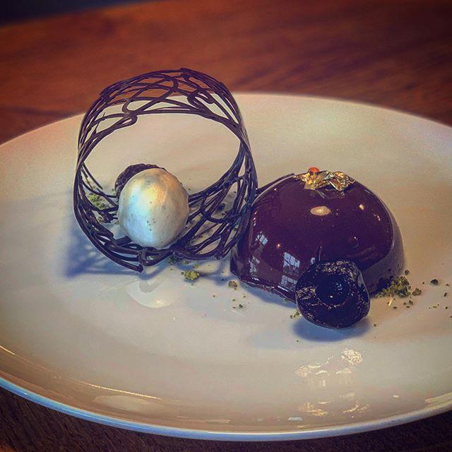 NEW DESSERT ALERT 🚨  Cherry and Chocolate! Enough said.  #dessert #localpub #stunner #passion #chocolate #suffolk #burystedmunds