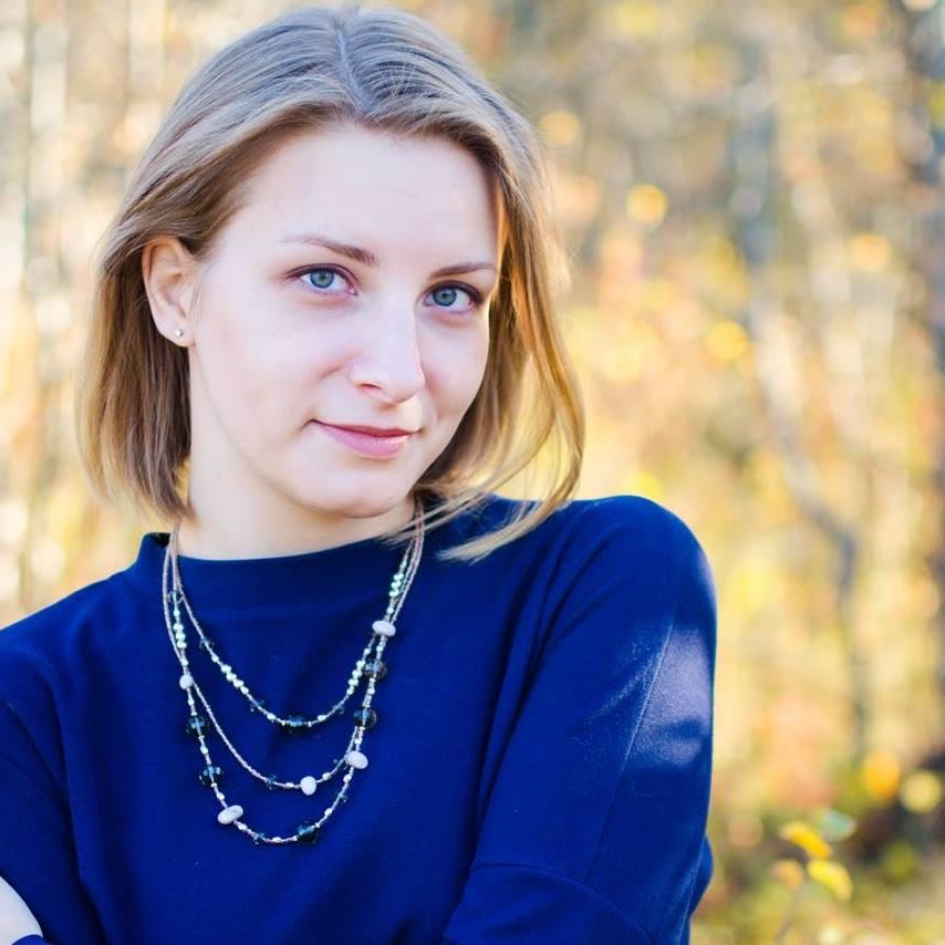 Liza Vinogradova - Digital- og administrasjonsledertlf: 453 96 600e-post: liza@altibygg.no
