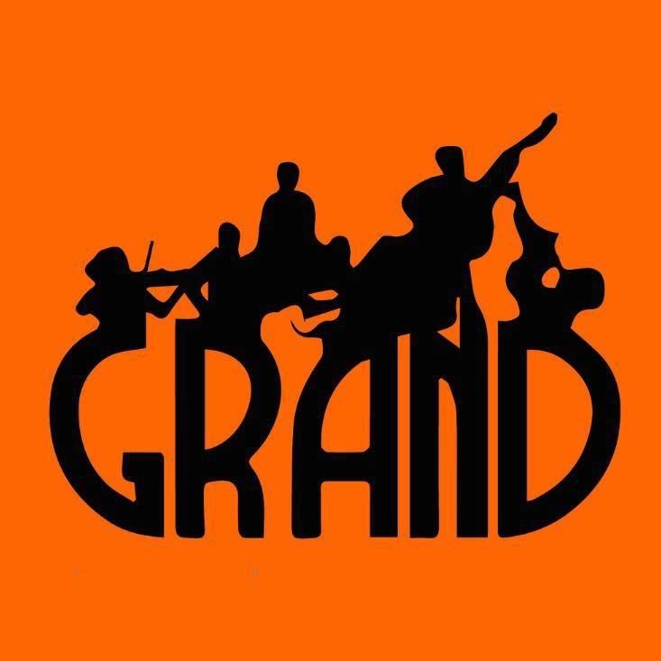 Grand -