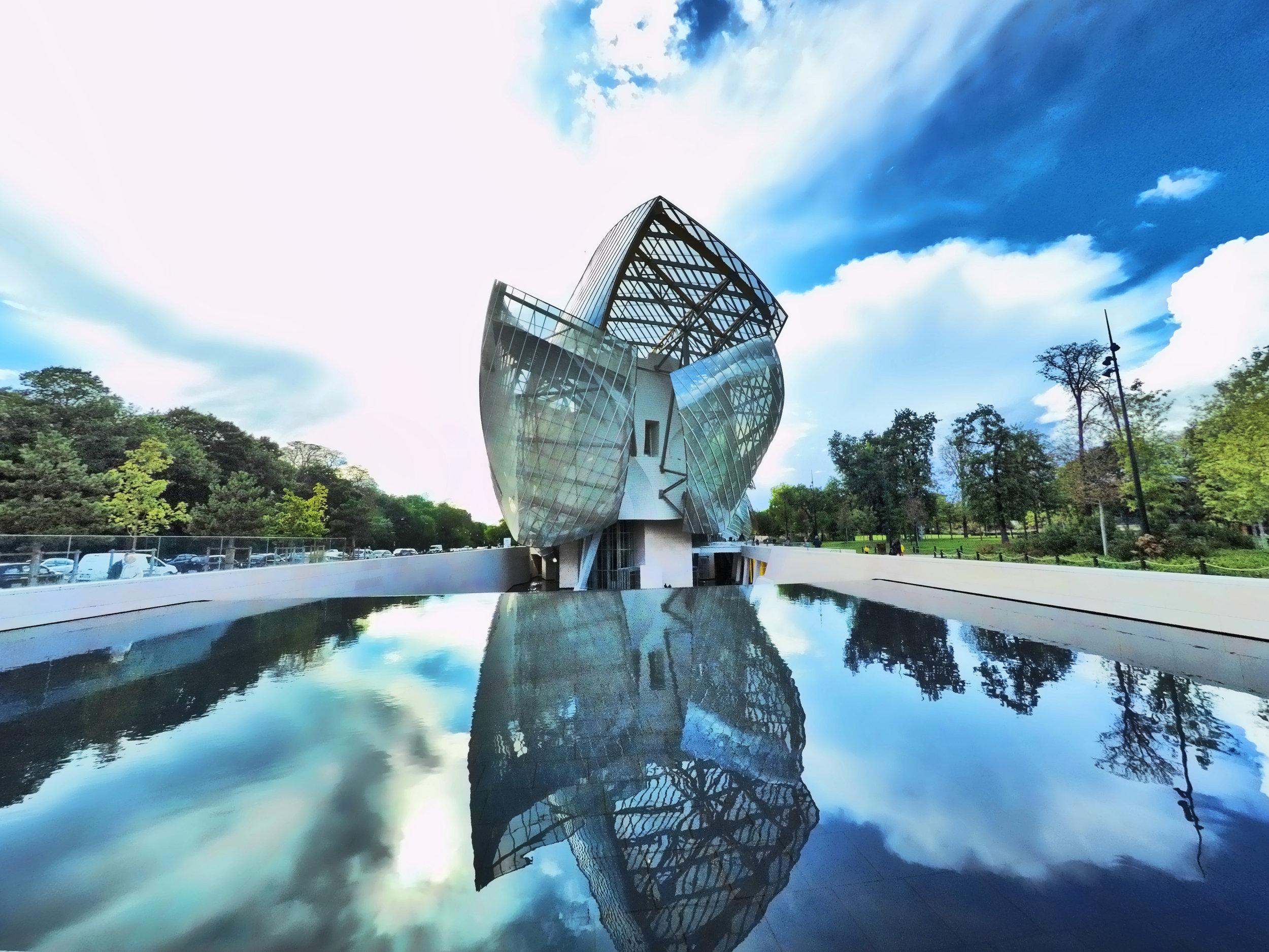 fondation louis vuitton - Arch. Frank Gehry / Bois de Boulogne Paris