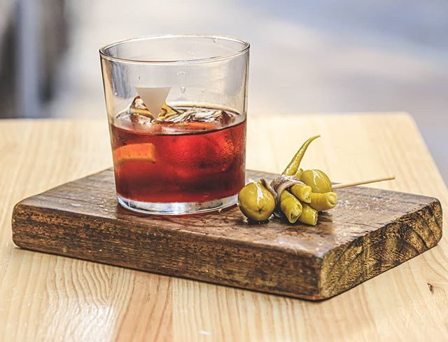 Delicious red vermouth and a gilda for this hot weather.