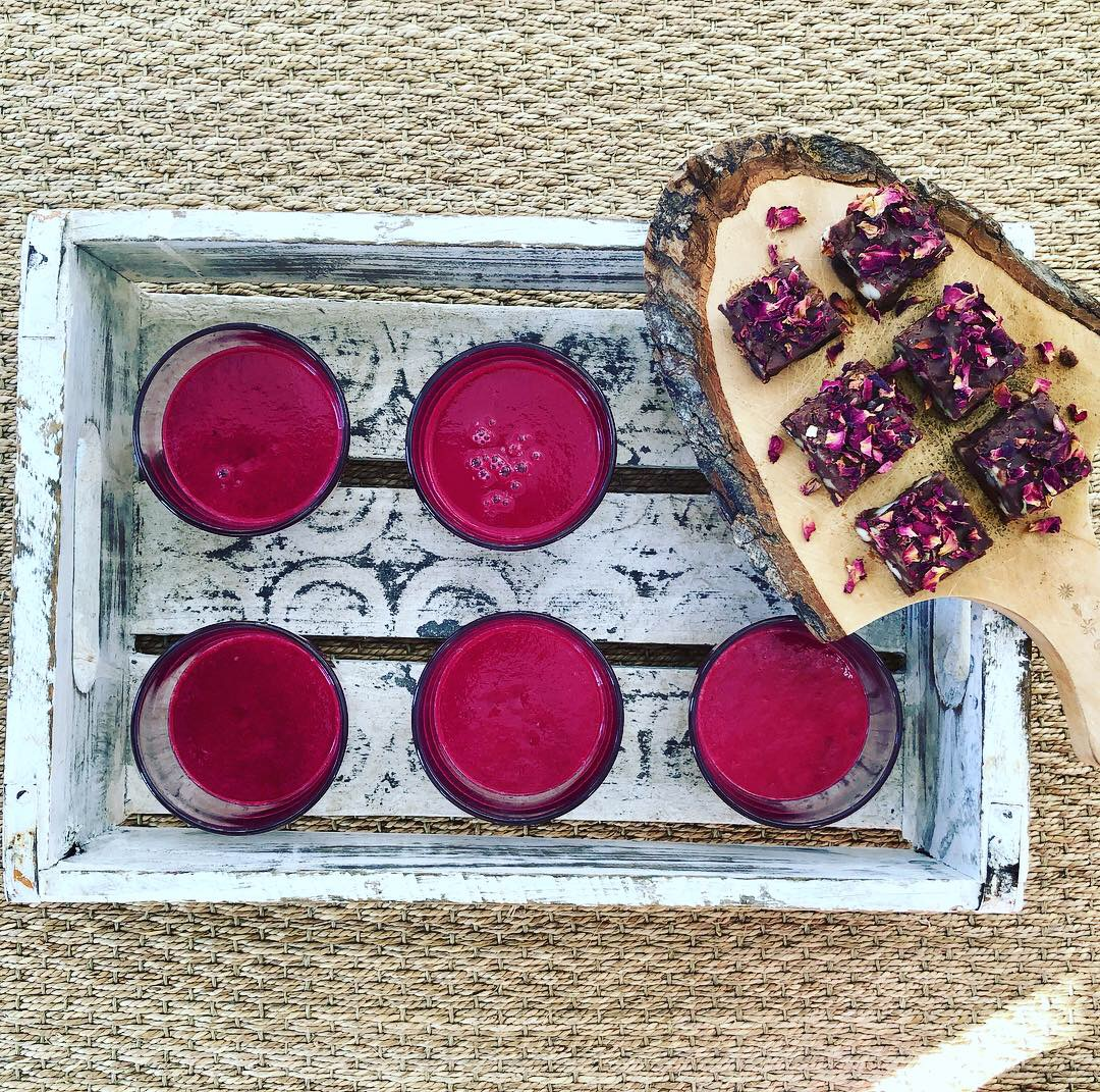Juice and raw afternoon treat at the facial yoga and anti-ageing event at downdog + crow: next event saturday 17th november