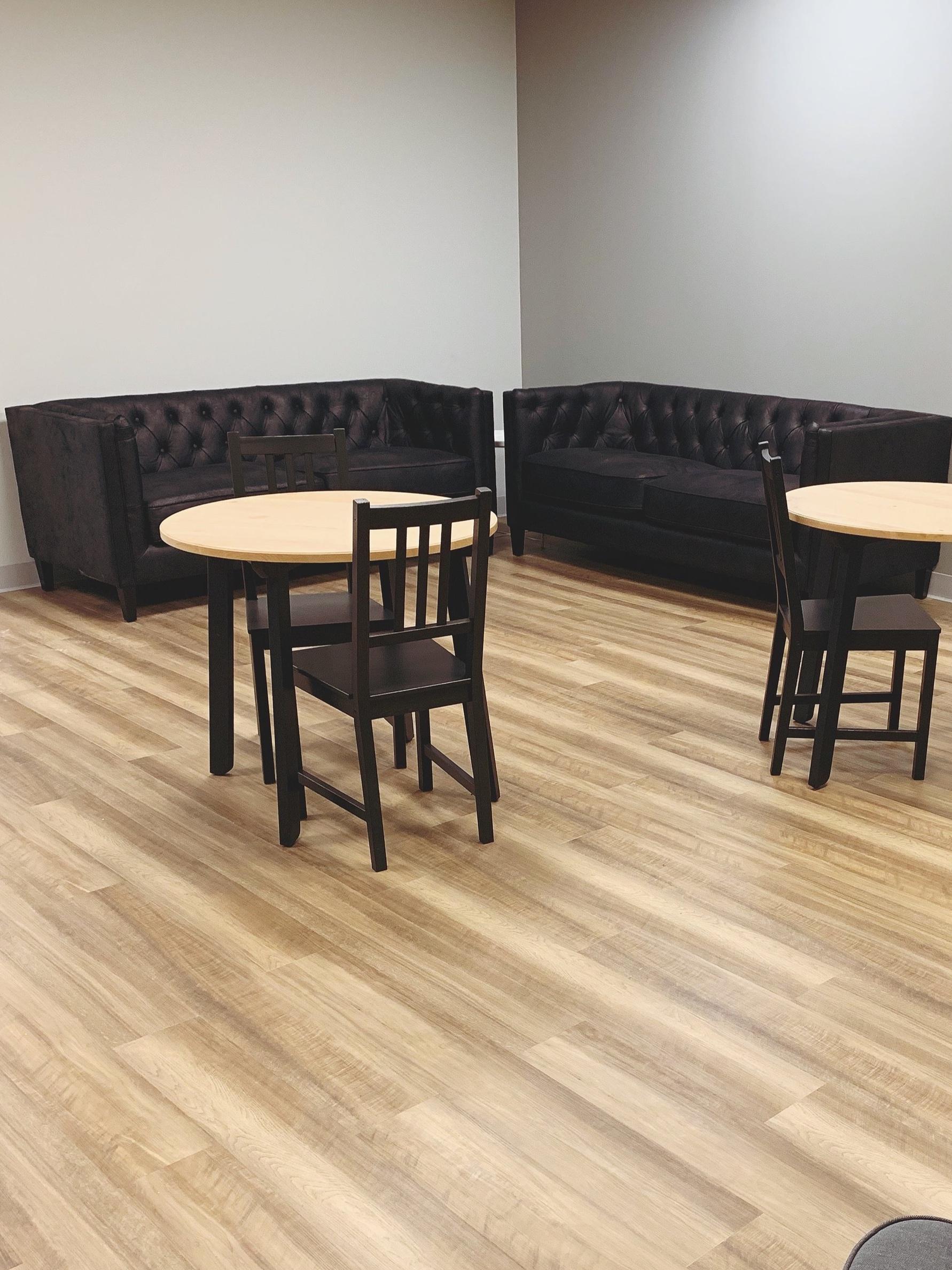 lounge+4+.jpg