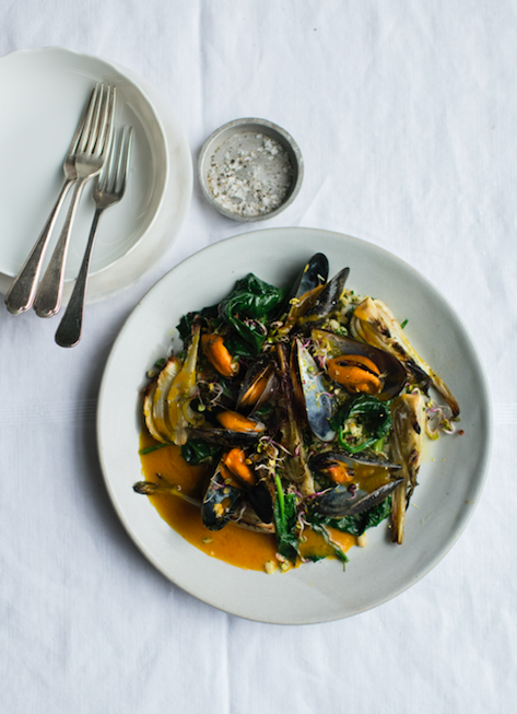 GRAZIA RECIPE -MUSSELS WITH SAFFRON, ROASTED FENNEL & PARSLEY PEARL BARLEY
