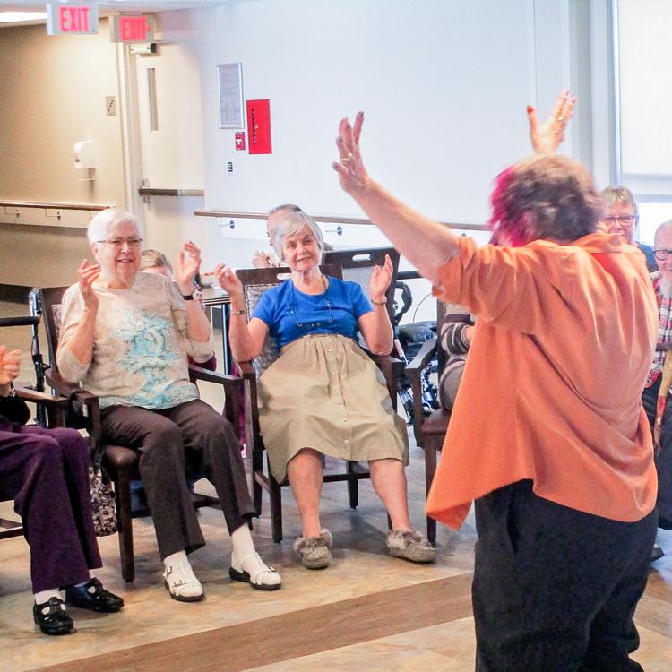 Laughter-yoga-participants-edit_s-750px.jpg
