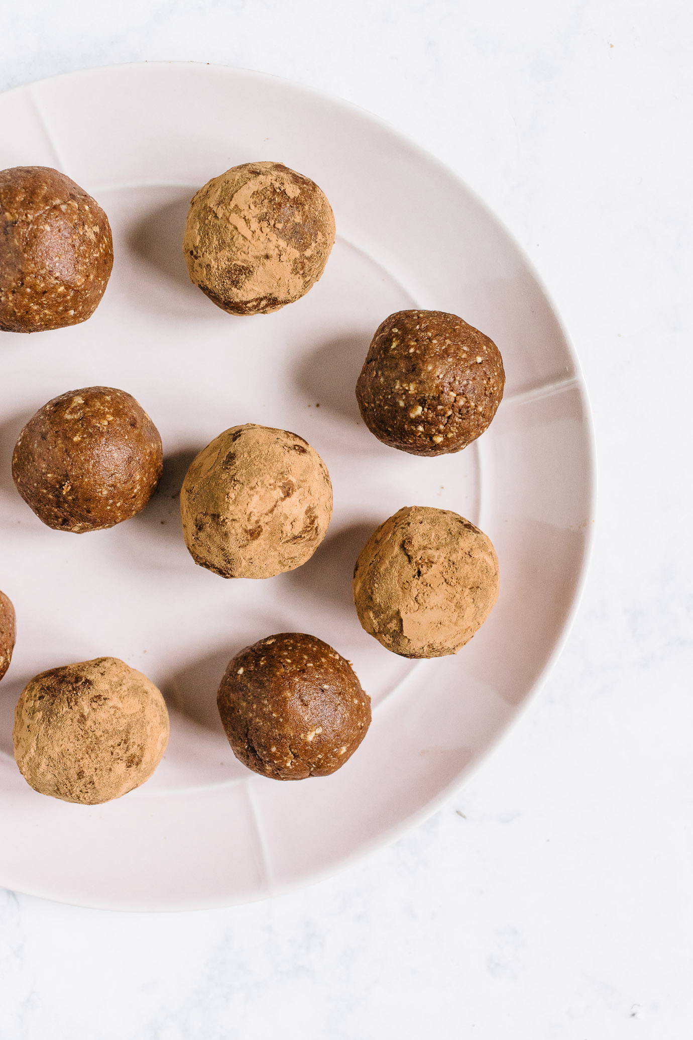 Cacao Tahini Collagen Bites (4 of 16).jpg