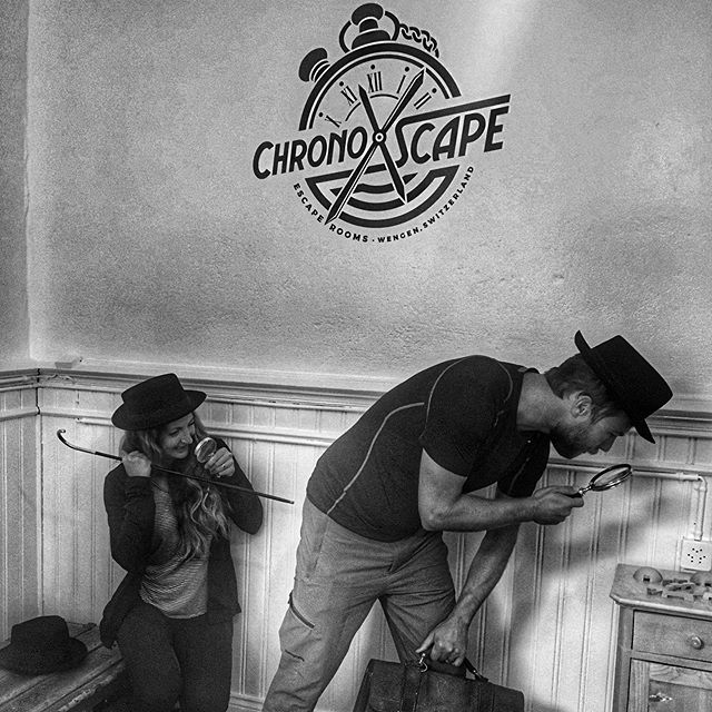 These two legends all the way from San Diego ! #canyouescape #escaperoom #chronoxscape #wengen #jungfrauregion