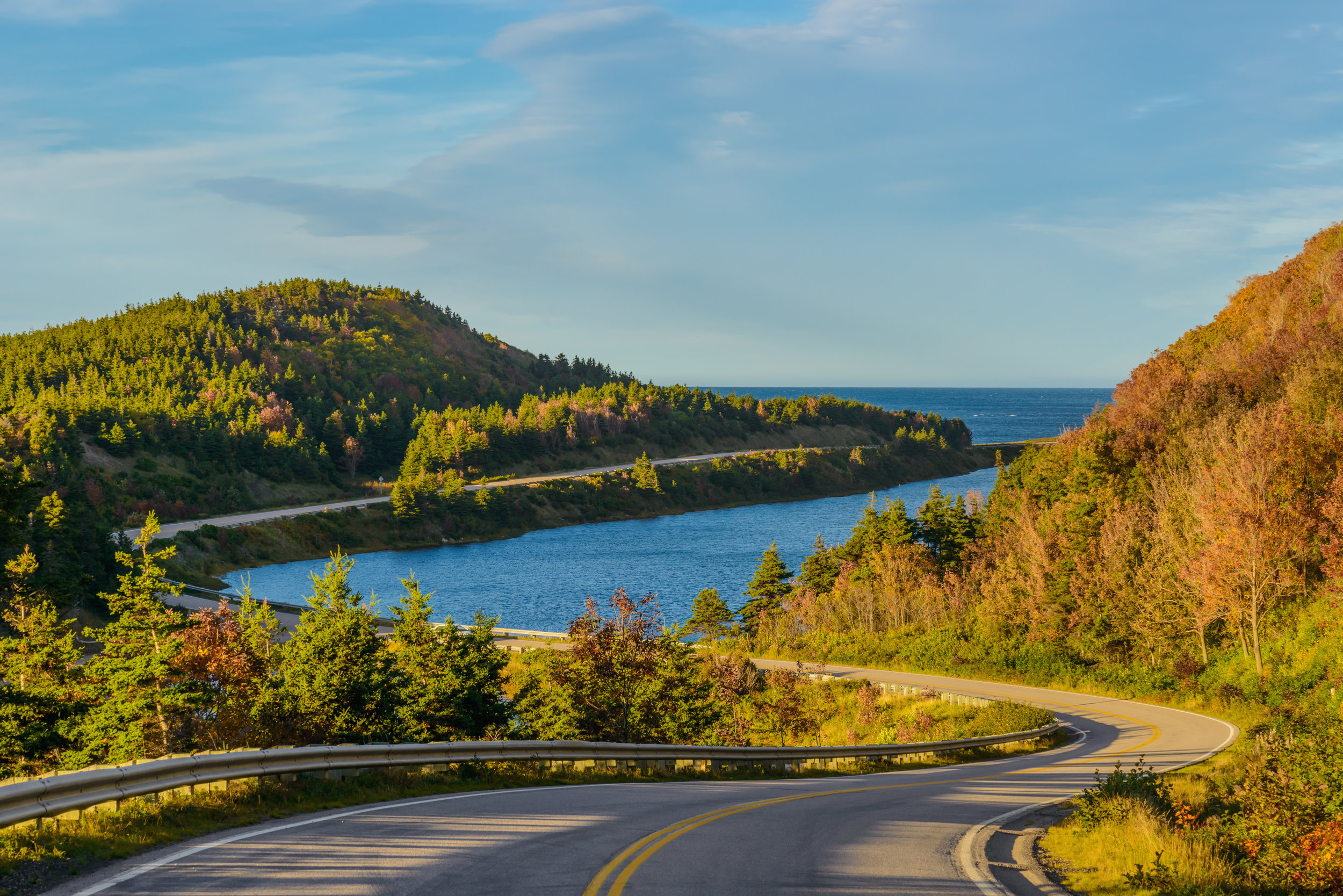 Cabot-Trail-Highway-622324166_6000x4004.jpeg