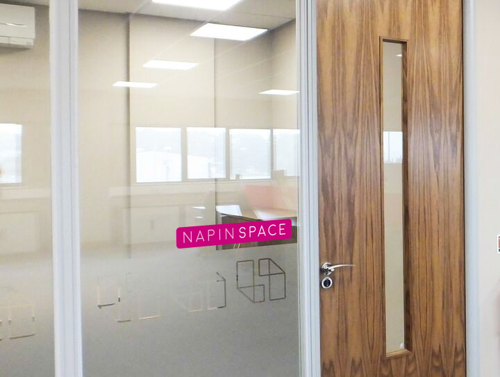 Office-doors-and-Joinery-1280x543 (0-00-00-00).png