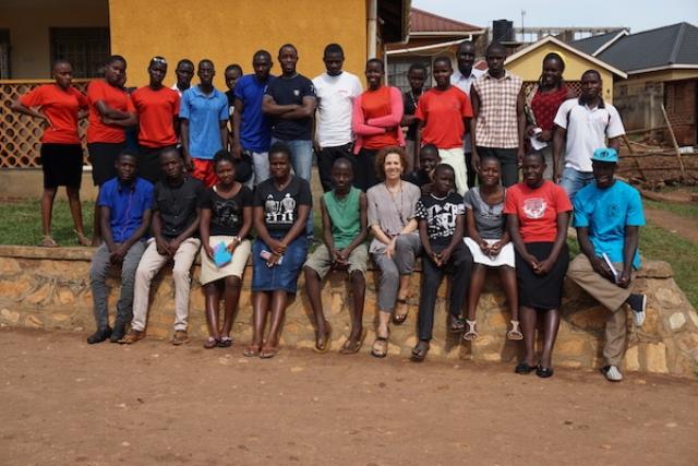 grad-group-photos.jpg