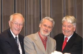 Professors Börje Holmberg, Michael Moore and Otto Peters (left to right),  at the EDEN conference, Barcelona, 2006. Photo with permission from EDEN.  (Tait, 2017,  European Figures in Distance and e-Learning, JL4D)