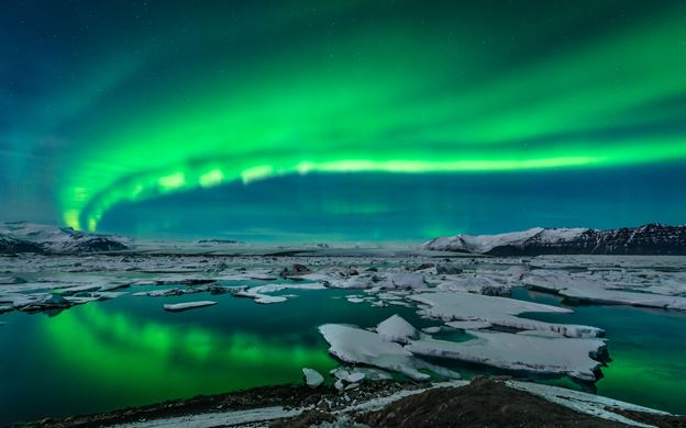 (Image by Local-Iceland-Tours.com)
